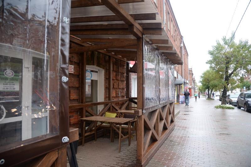 Все летние кафе будут работать до 31 октября.
