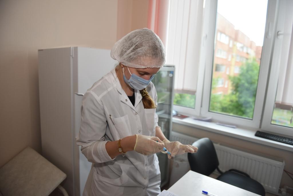 В Вологодской области открыты 123 стационарных и 18 мобильных прививочных пунктов.