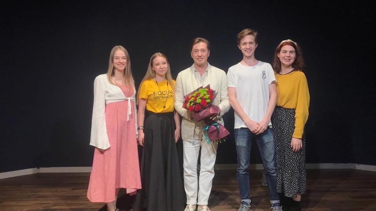 Сергей Безруков встретился со студентами в Череповце