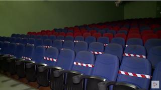 Театры и кинозалы снова закроют на Вологодчине