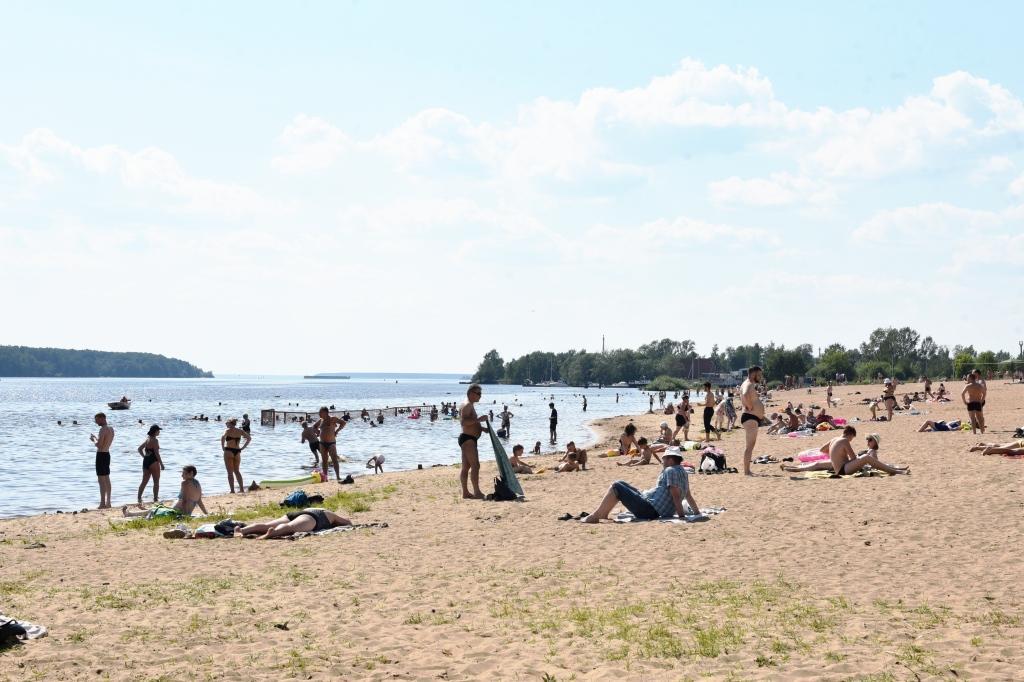 Купание на пляжах «Строитель» и у лыжной базы пока не разрешено из-за плохих проб воды
