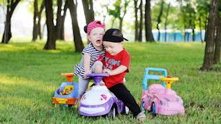 Как взрослые раздувают  детский конфликт?