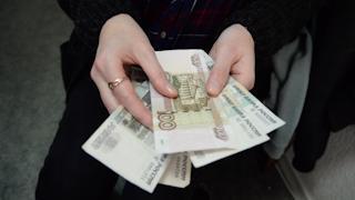 Почти два миллиона «подарила» преступникам
