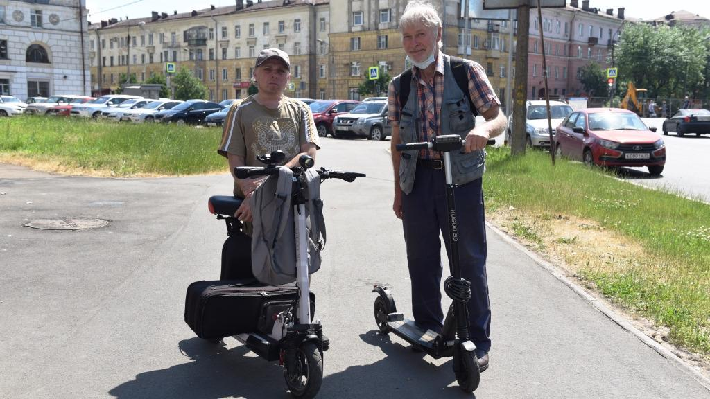 65-летний житель Череповца на пенсии освоил электросамокат