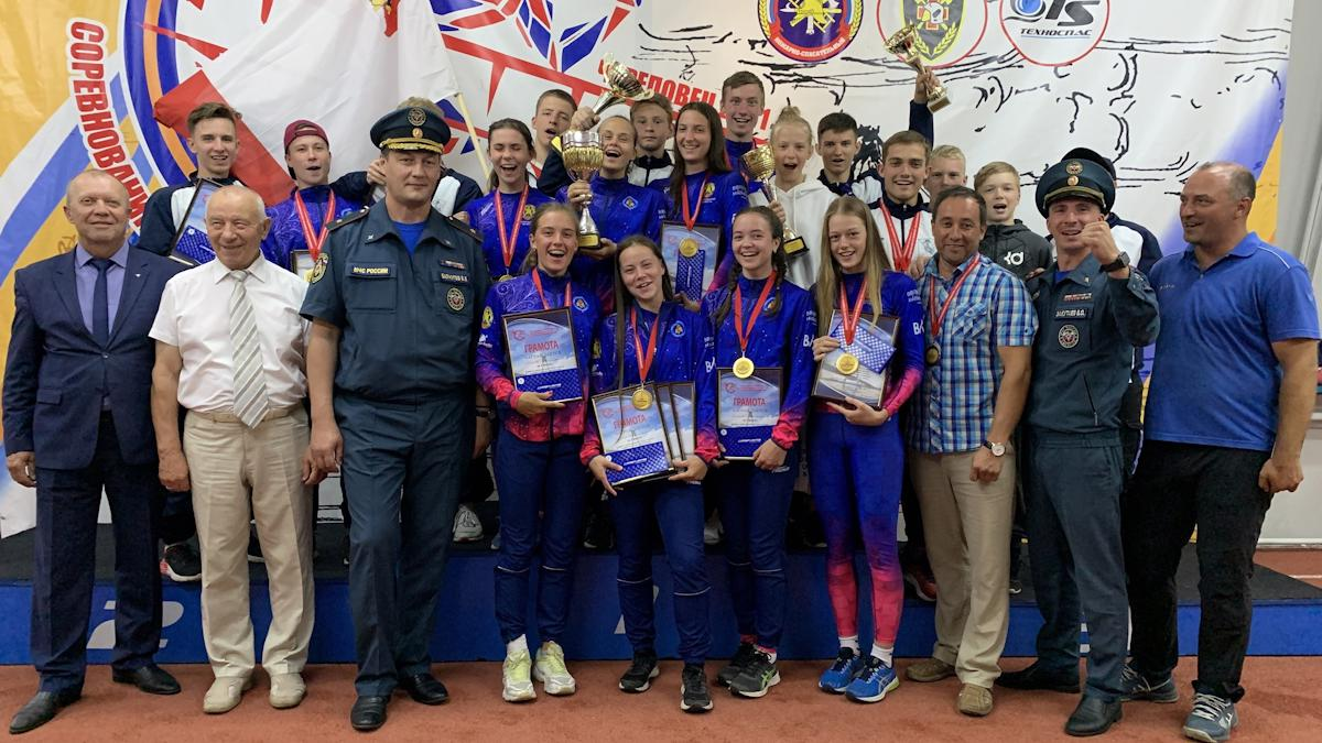 Юношеская сборная Вологодской области победила на межрегиональных соревнованиях по пожарно-спасательному спорту