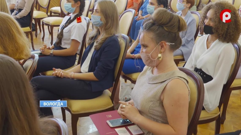 150 медалистов выпустили в 2021 году школы Вологды