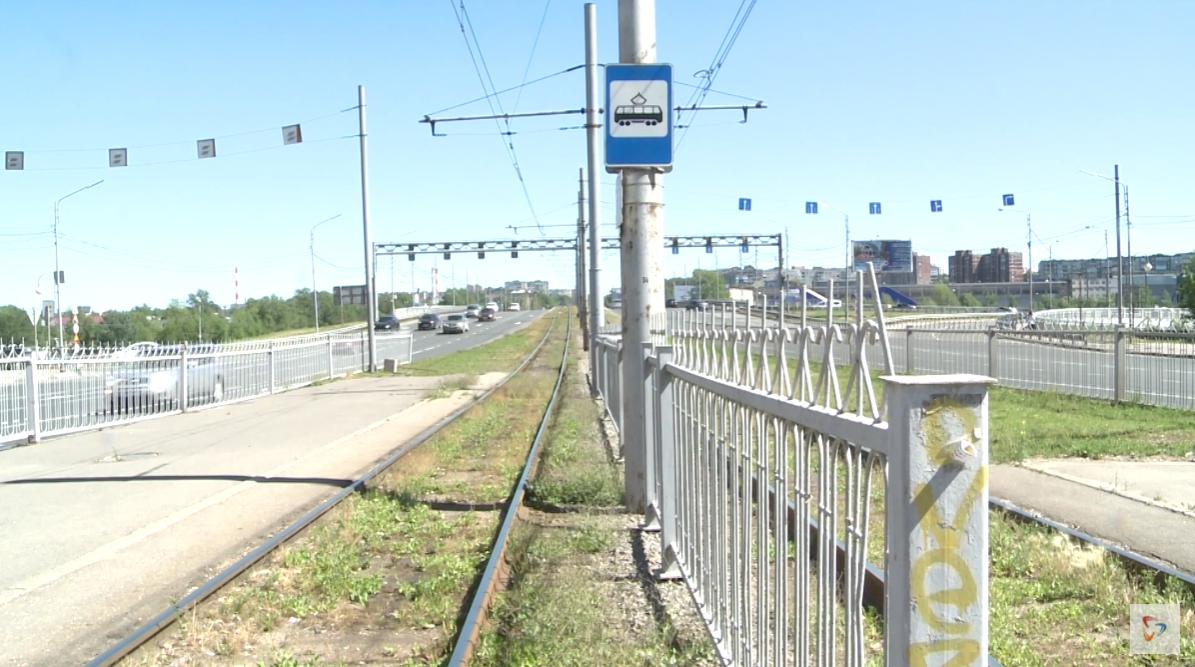 Общая стоимость реконструкции трамвайных путей — два миллиарда рублей