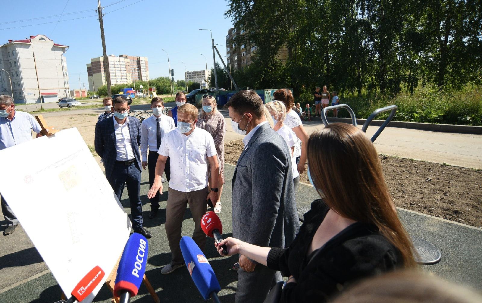 Мэр Вологды Сергей Воропанов проверил, как идет реализация народных инициатив