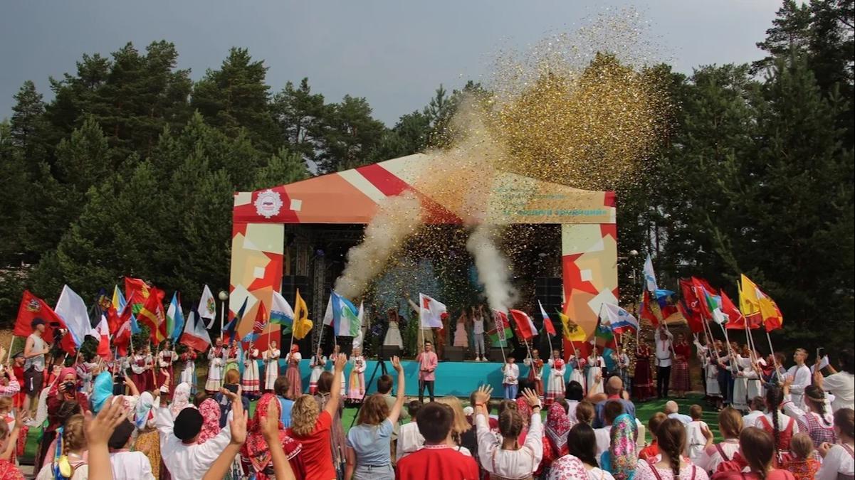 Всероссийский детский фестиваль народной культуры «Наследники традиций» стартовал под Вытегрой