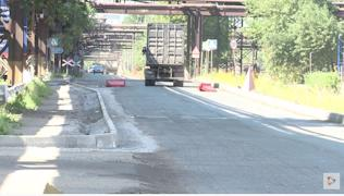 Технология укладки асфальта требует полных перекрытий улиц, как правило, на сутки