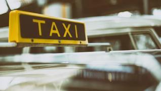 7 процентов респондентов для поездок всей семьёй за пределы Череповца выбирают такси