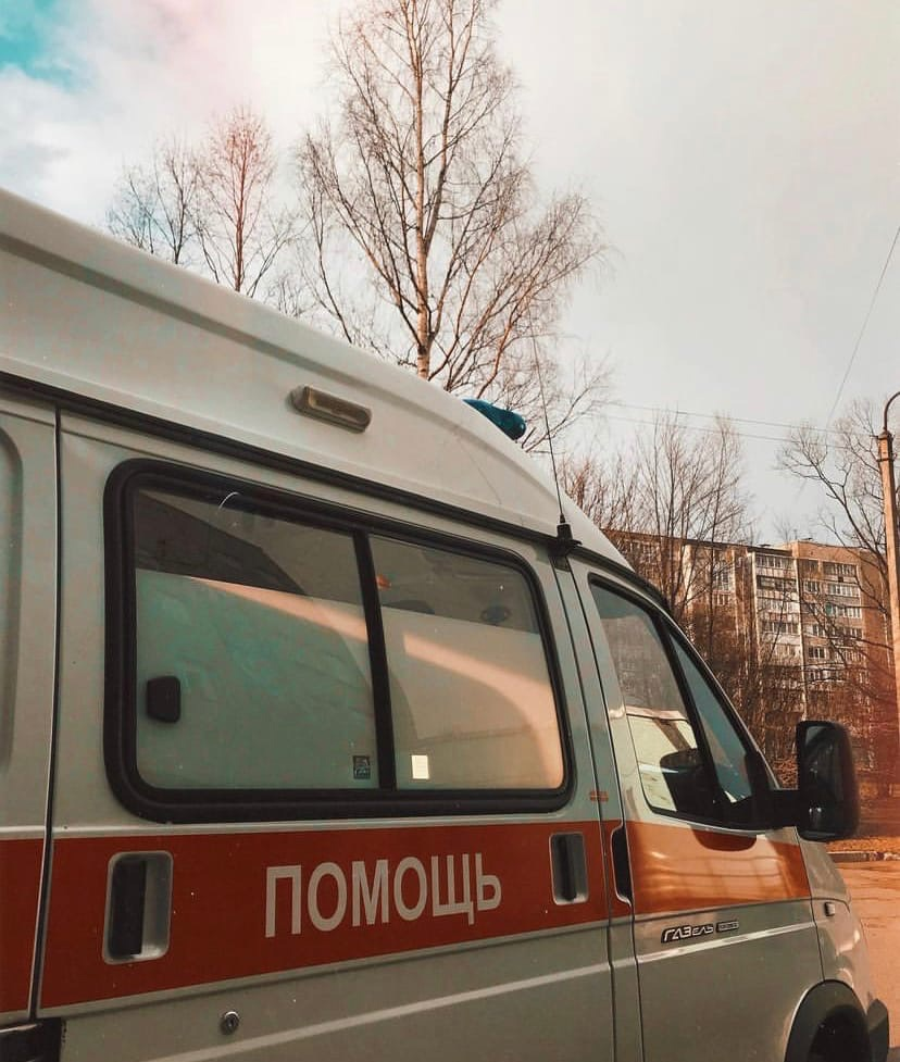 """Сейчас в Череповце работают 6 суточных """"ковидных"""" бригад СМП и одна дневная"""