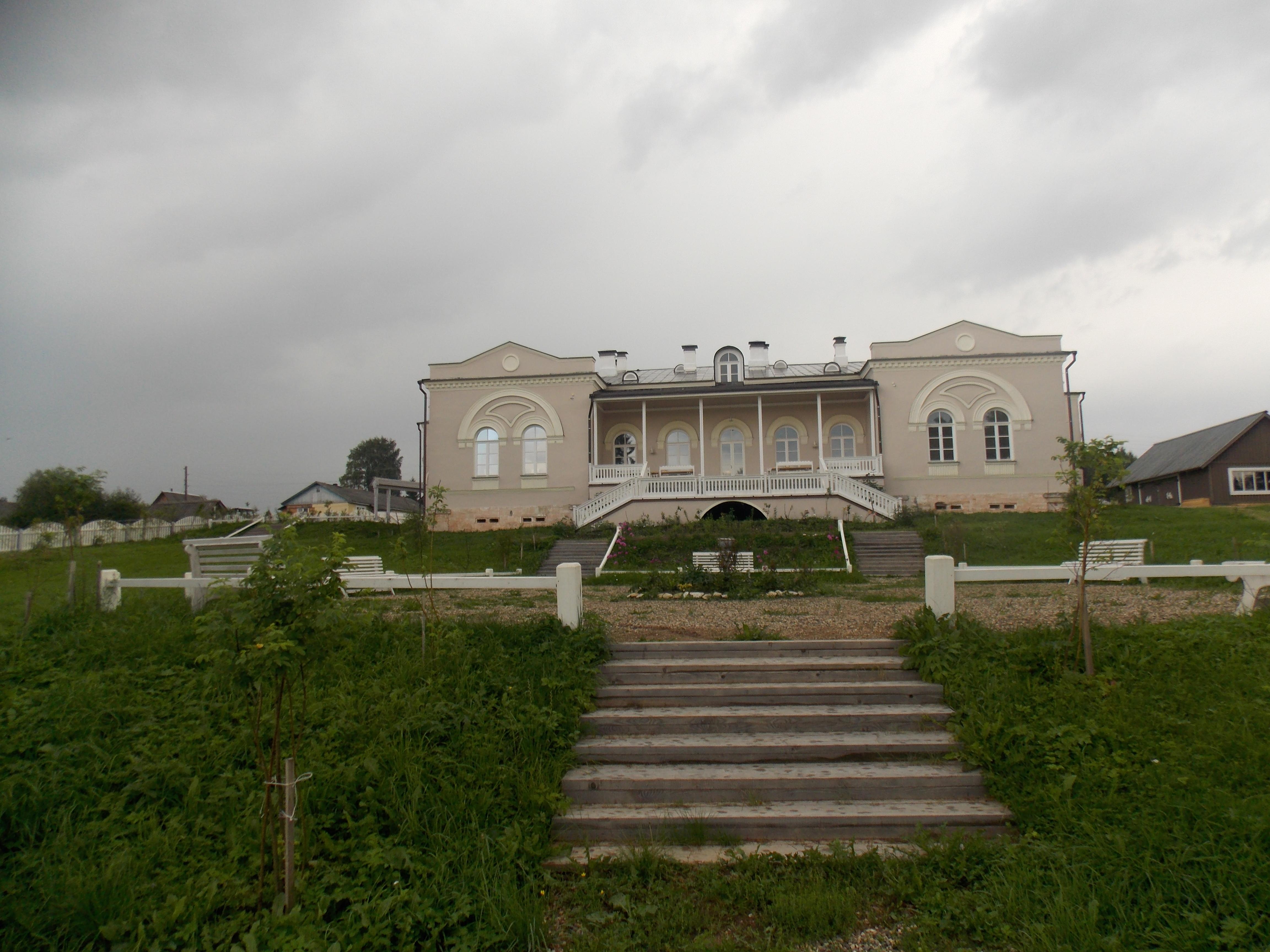 Усадьба Хвалевское  в Бабевском районе.