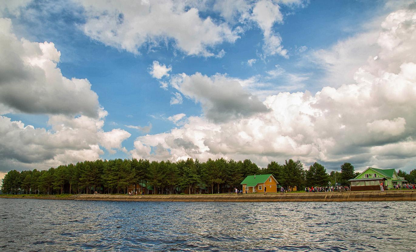 Сейчас «Верхняя Рыбинка» продолжает свою работу: принимает туристов и организует свадебные торжества