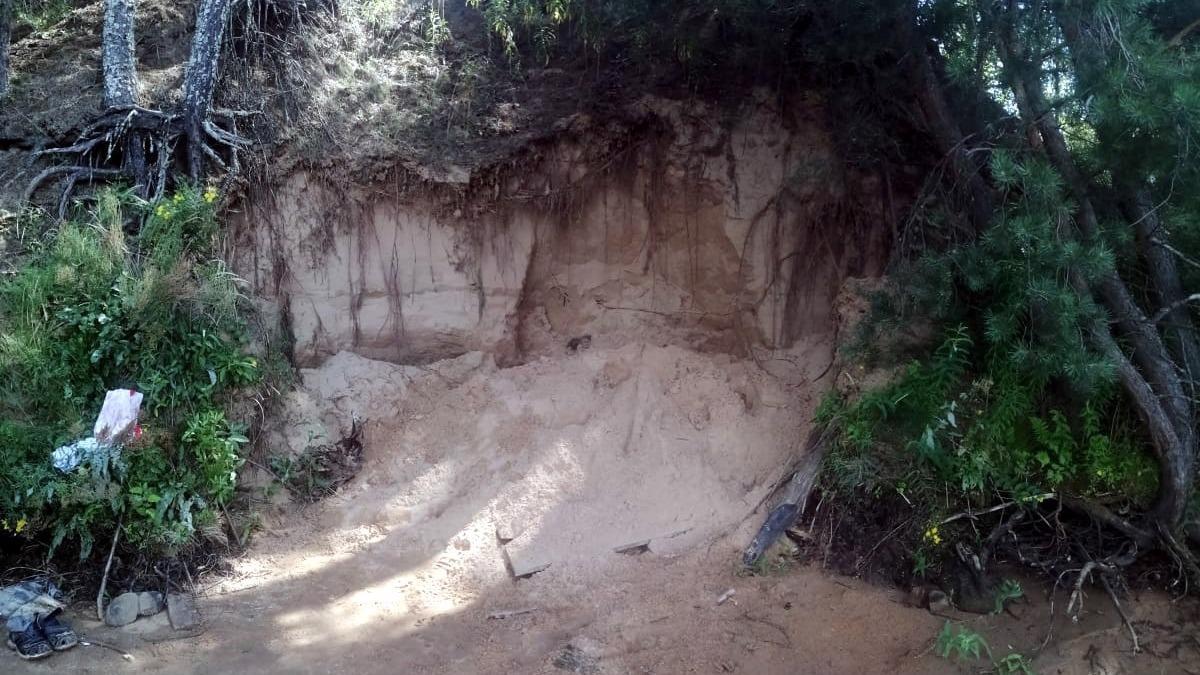 Оказавшиеся под завалом песка дети не получили серьезных травм