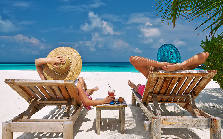 Этим летом планируют выехать на курорты 40 процентов опрошенных горожан.