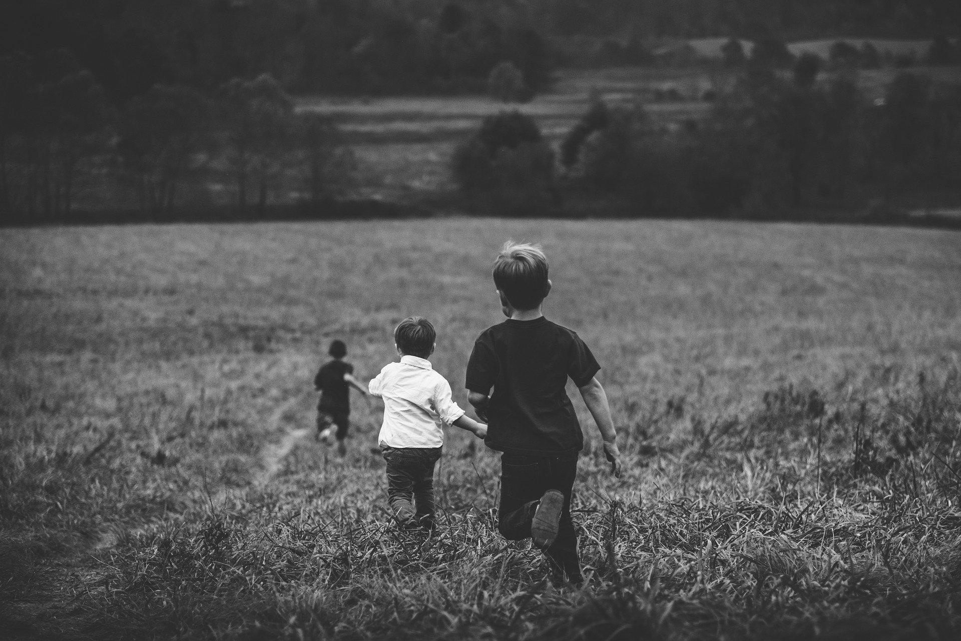 Почему дети матерятся и как вовремя победить матюги?