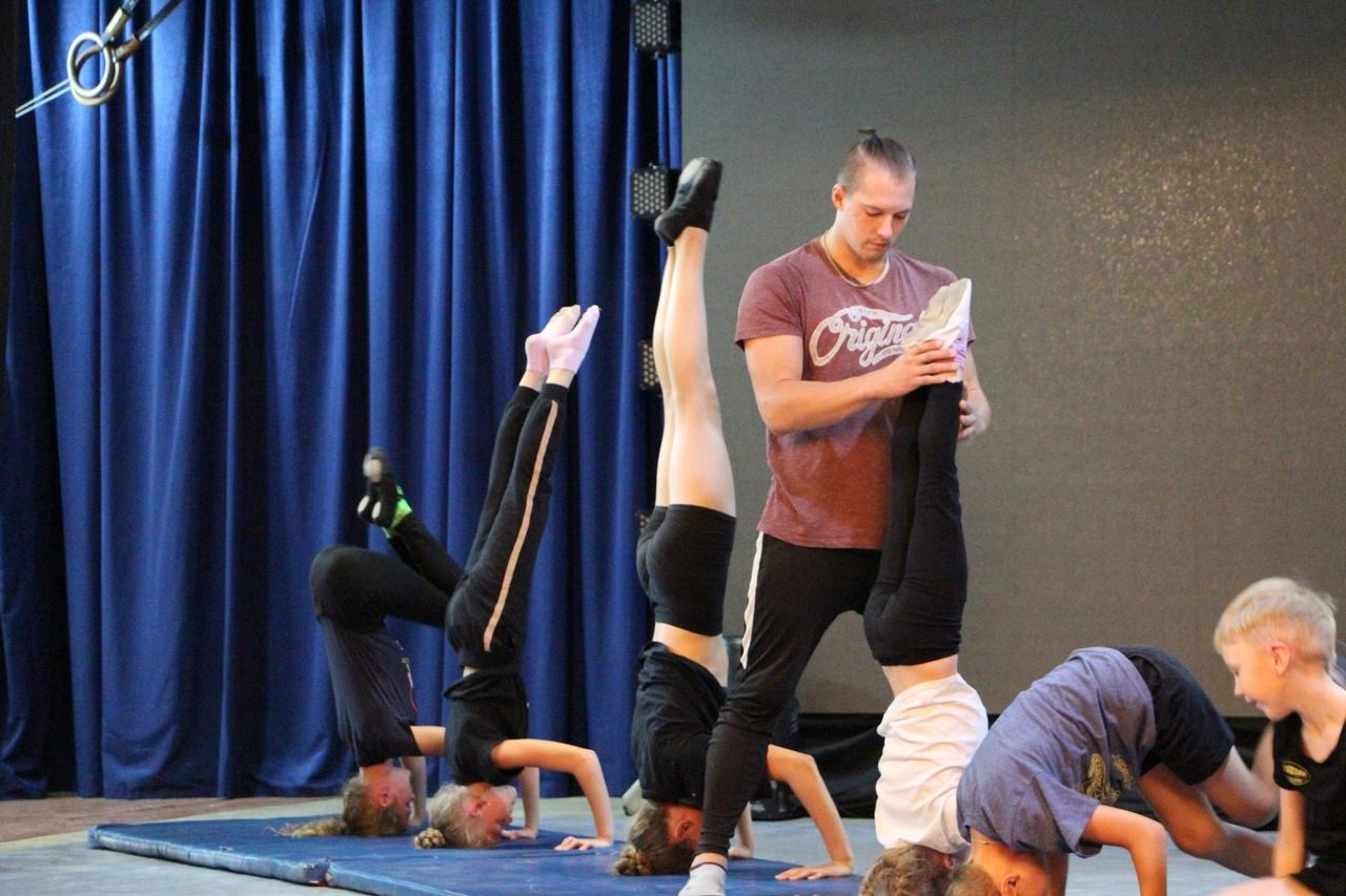 Цирковой коллектив в Великом Устюге был создан в 1949 году