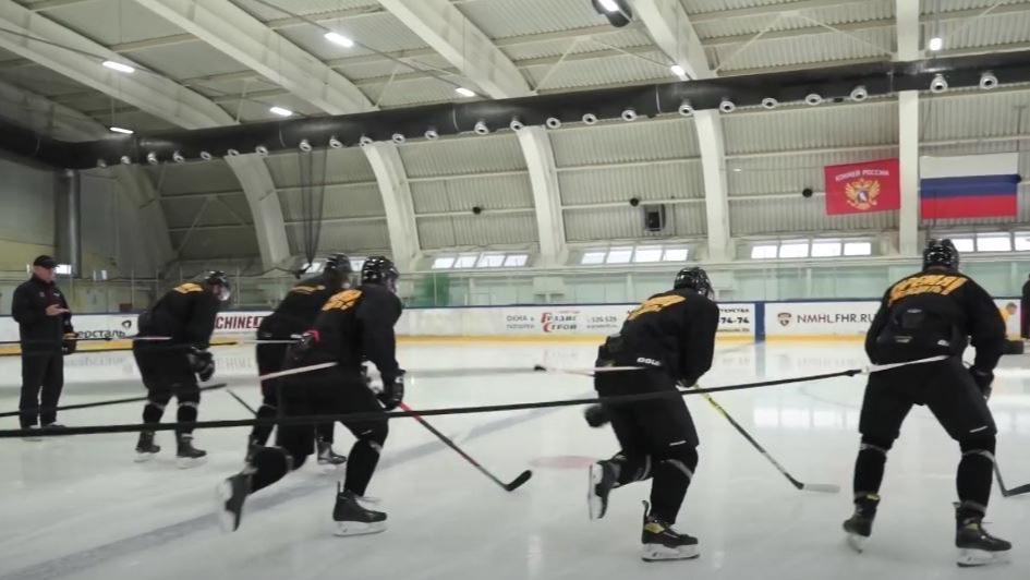 """Хоккеисты """"Северстали"""" завершили первый тренировочный цикл в Череповце и отправились на второй"""