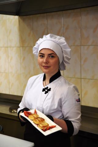 """Ольга Ершова: """"Наши сырники приготовлены без яиц и сахара""""."""