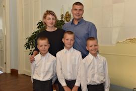 В 2019 году победителями в номинации «Молодая семья» стали Алексей и Ольга Савиновы