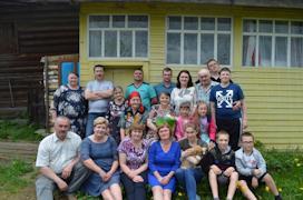 Малафеевские воспитали шестерых детей. Сейчас в их большой семье 13 внуков и правнучка