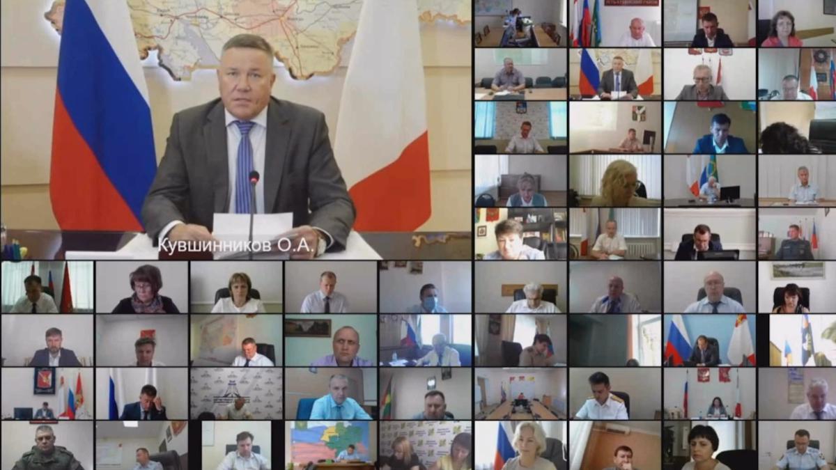 Олег Кувшинников продлил режим повышенной готовности на Вологодчине до конца августа