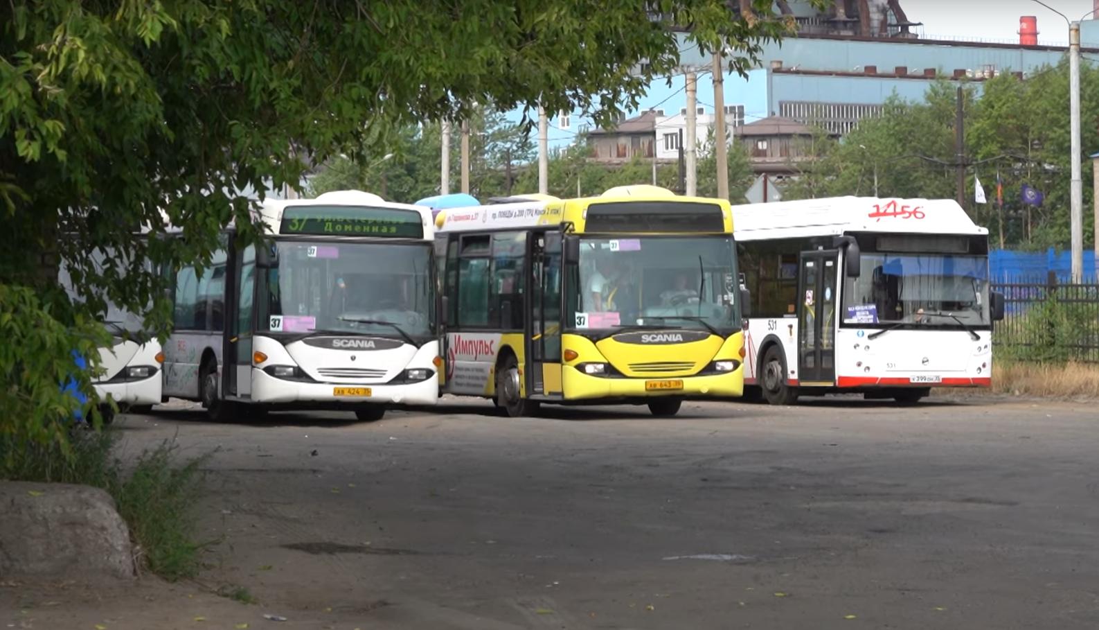Проверяющие следили, чтобы водители автобусов не нарушали ПДД
