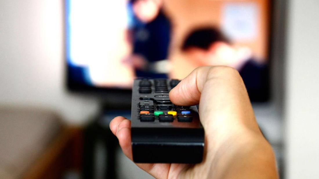 Мужчина в Вологде уснул рядом с украденным телевизором