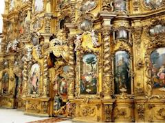 Иконостас в барочном стиле мастера создавали восемь лет