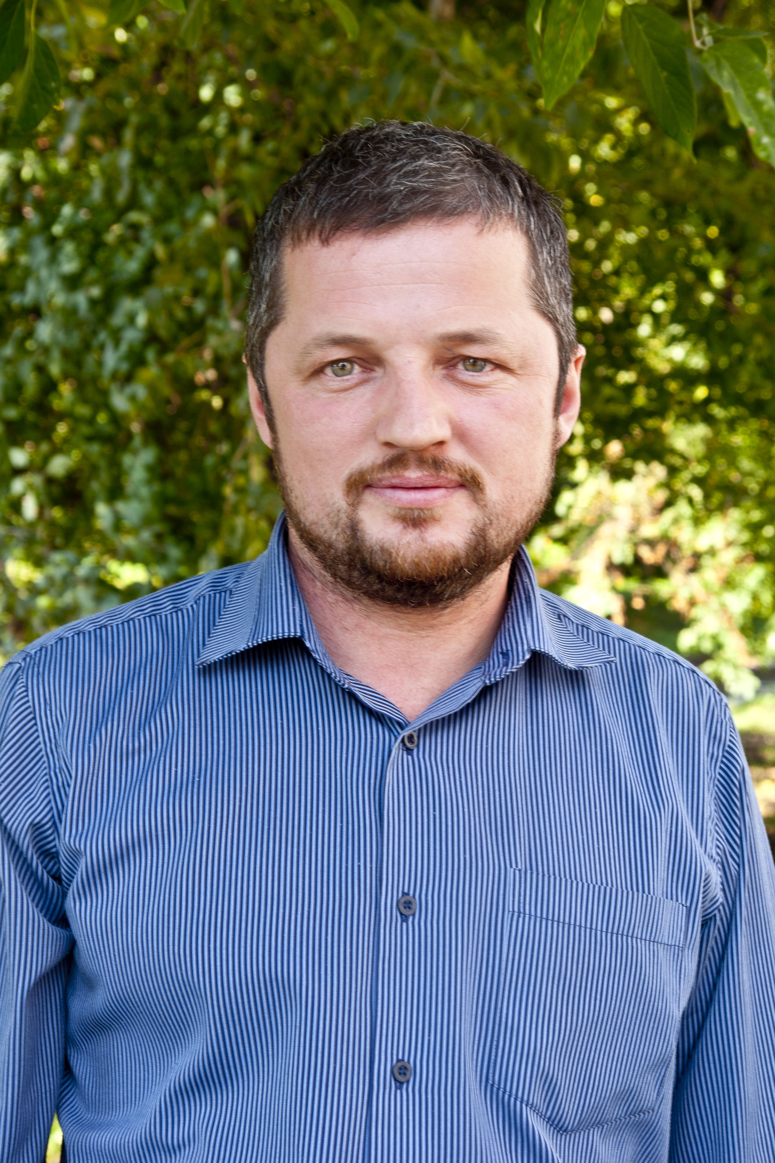 Начальник цеха клейки фанеры Череповецкого фанерно-мебельного комбината Илья Лихачев.