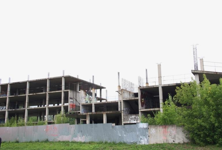 Ранее стало известно о перспективе появления на месте заброшенной стройки 25-этажного жилого здания