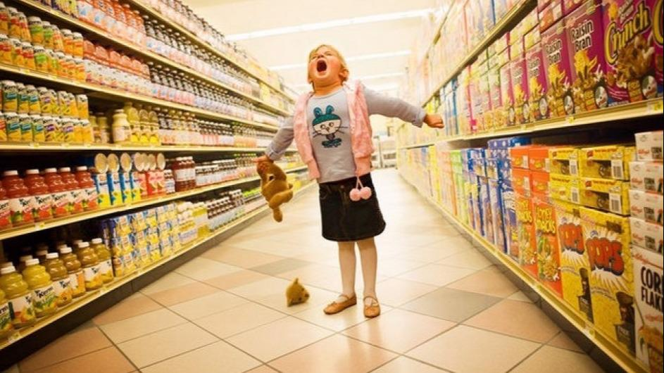 """Что делать, если у ребенка """"магазинная истерика""""?"""