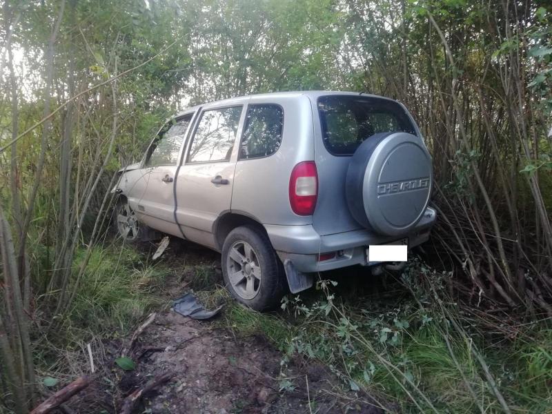 63-летний мужчина погиб в автомобиле на трассе в Грязовецком районе