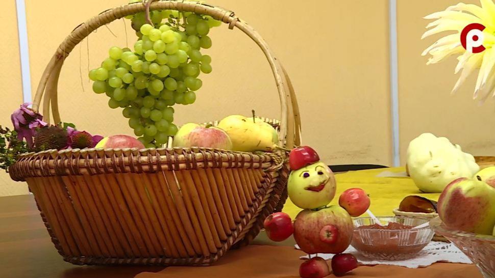 Яблочный спас отметили сегодня православные верующие