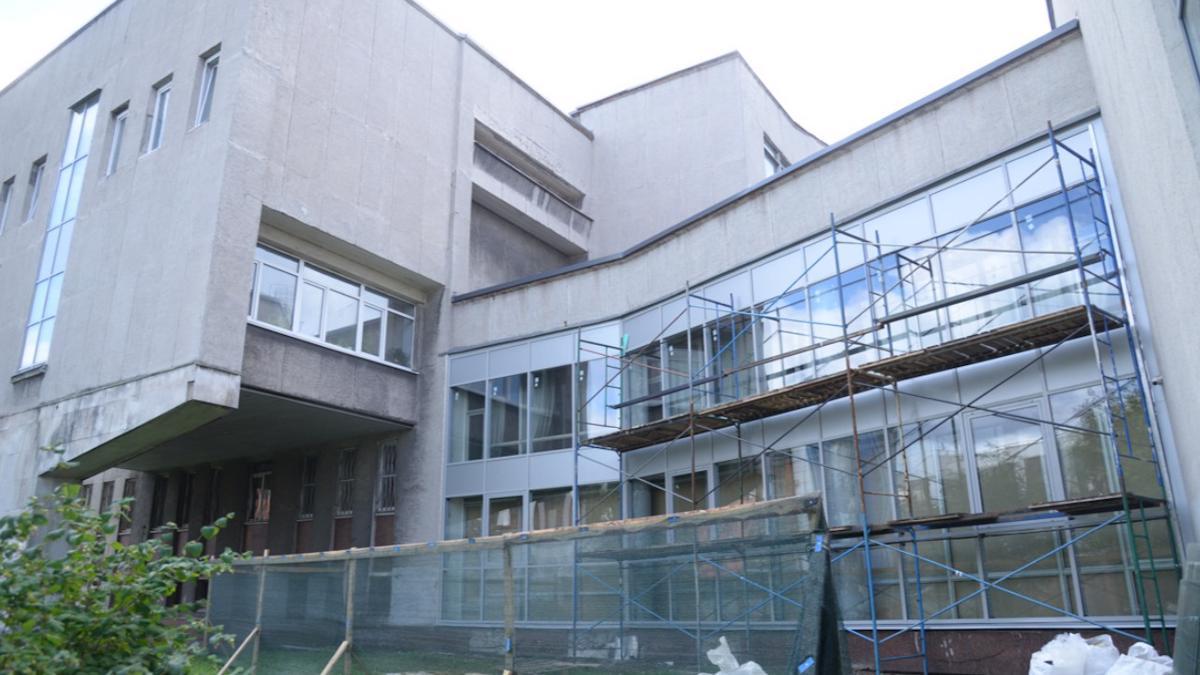 Училище искусств в  Череповце ремонтирует крыло, в котором откроются библиотека и арт-пространство