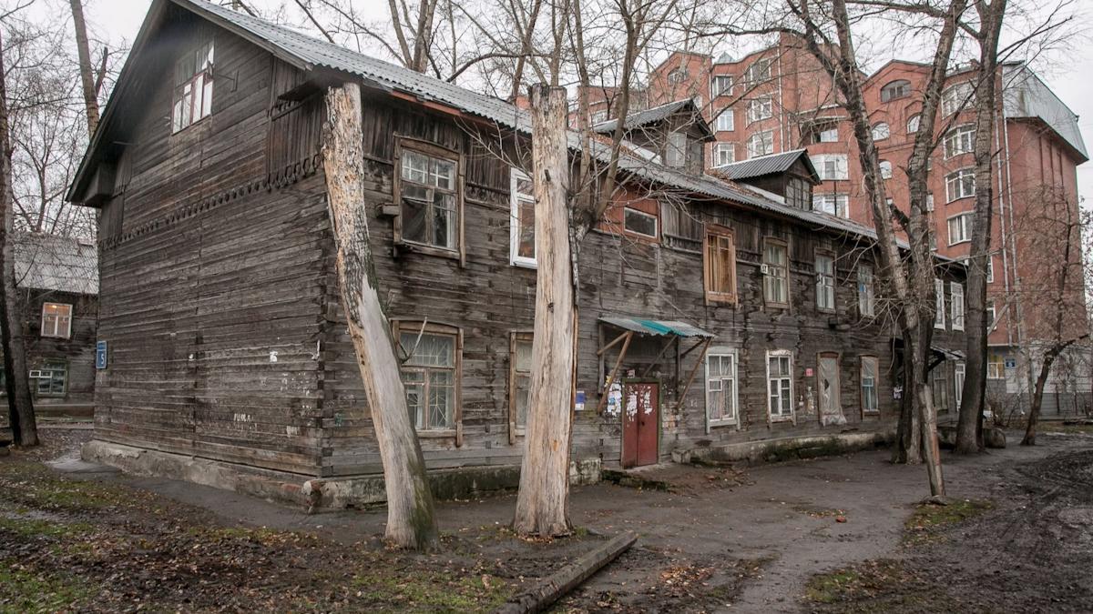 Вологжан из аварийных домов будут расселять в пустующее жилье военных