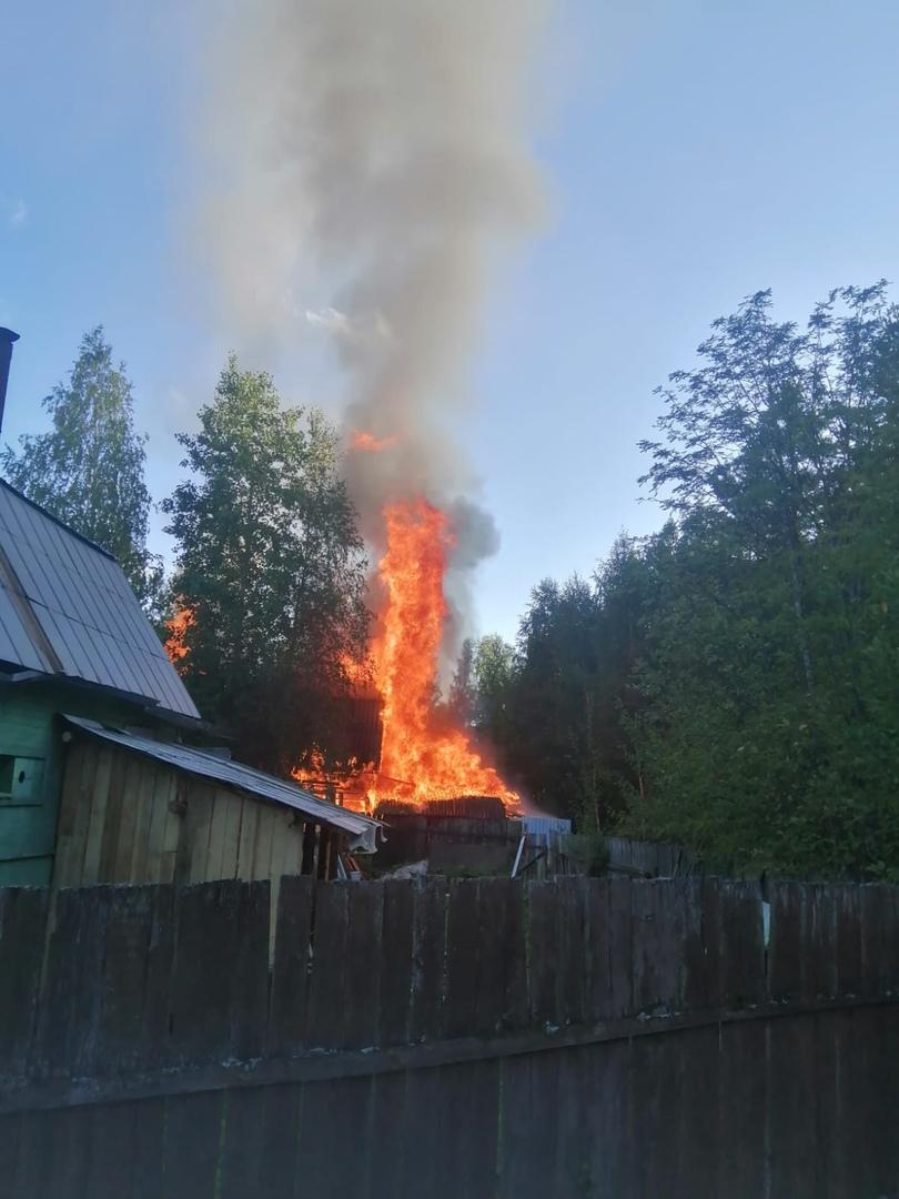 Пожар начался во время растопки печи