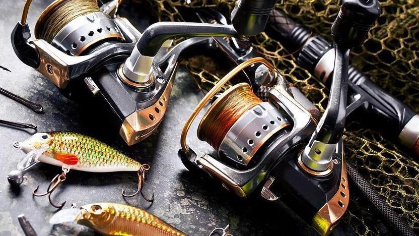 Подросток из Белозерска потратил украденные деньги на рыболовные снасти