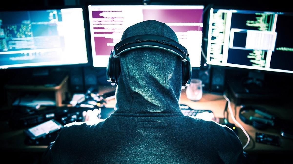 Группы департамента ЖКХ Череповца и автоколонны 1456 в соцсети взломали хакеры