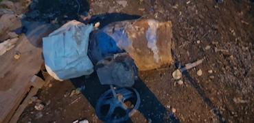Похитители бросили металлоизделия на землю