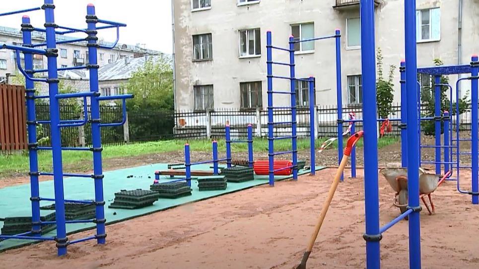 Новые спортивные площадки 1 сентября смогут оценить ученики четырех школ в Череповце