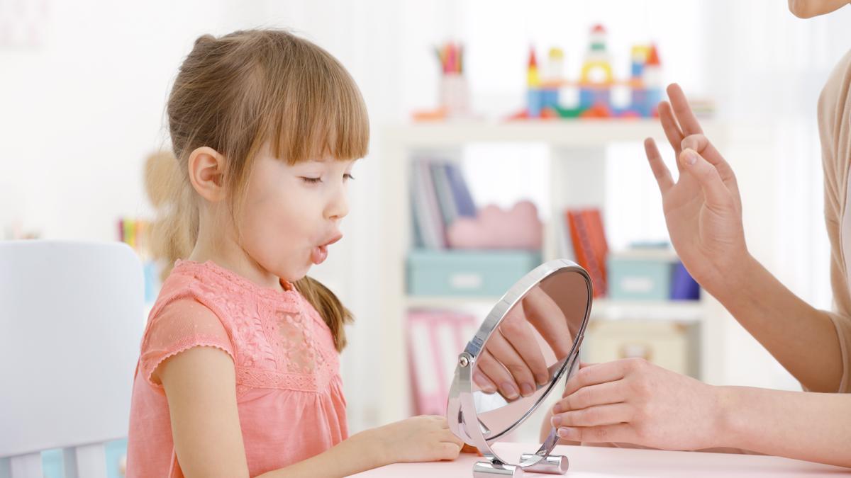 Детей с нарушениями речи  становится все больше