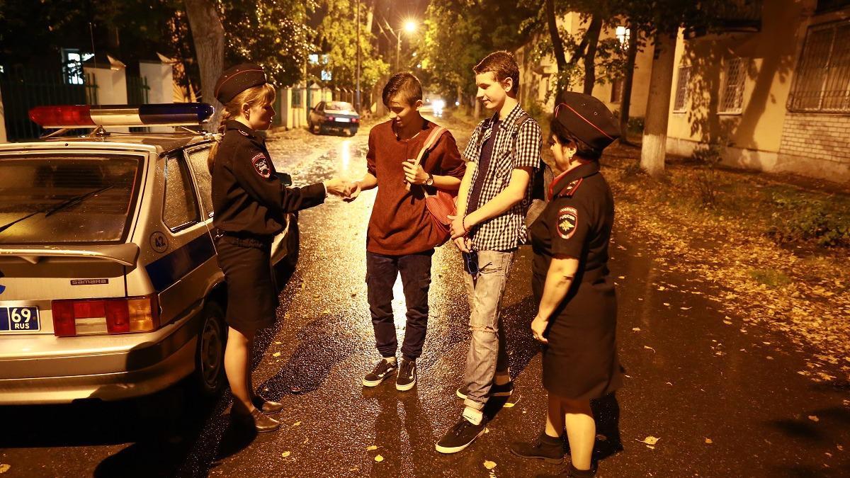 Нарушение комендантского часа чуть не обернулось трагедией для подростков