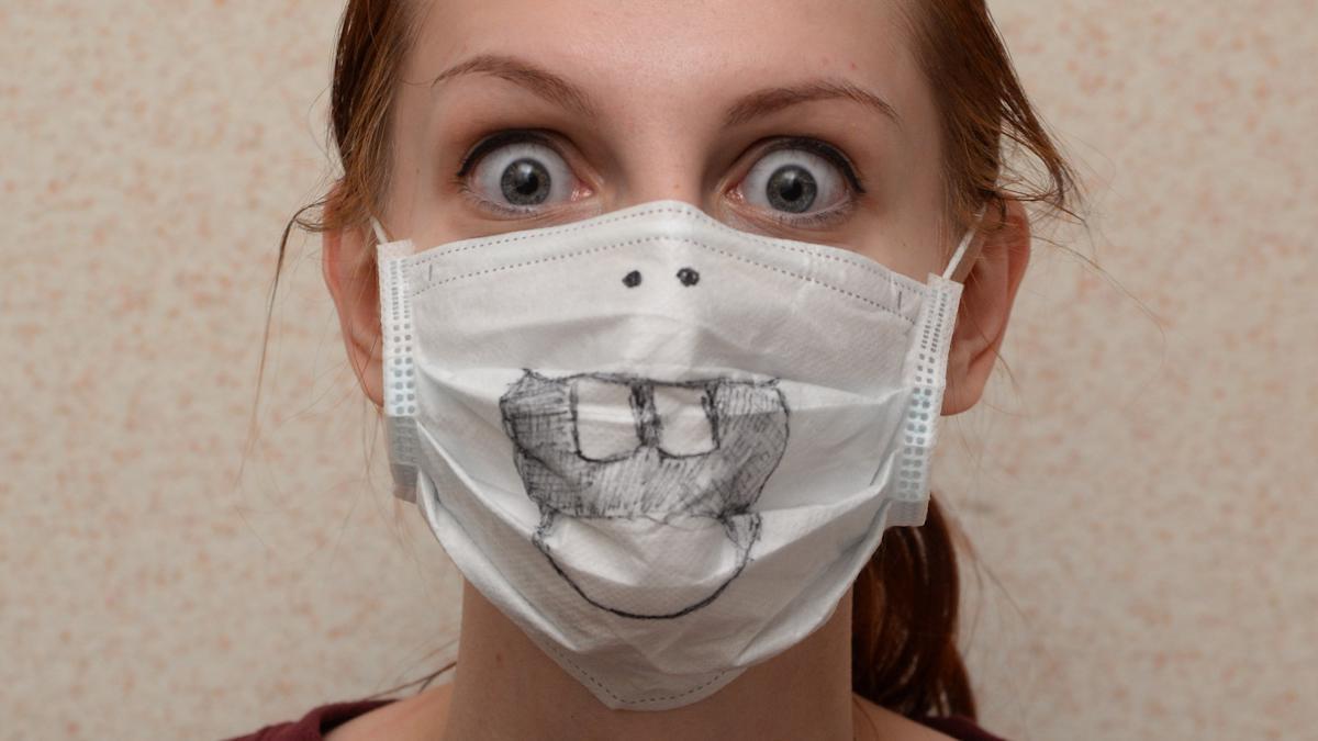 «Носишь маску — доживешь до Пасхи»