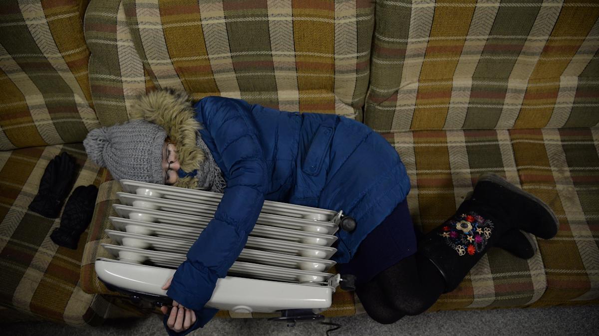 Ждут тепла от батарей, а не от погоды