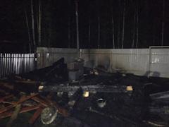 Череповчанка получила ожоги, пытаясь спасти от пожара свой дом
