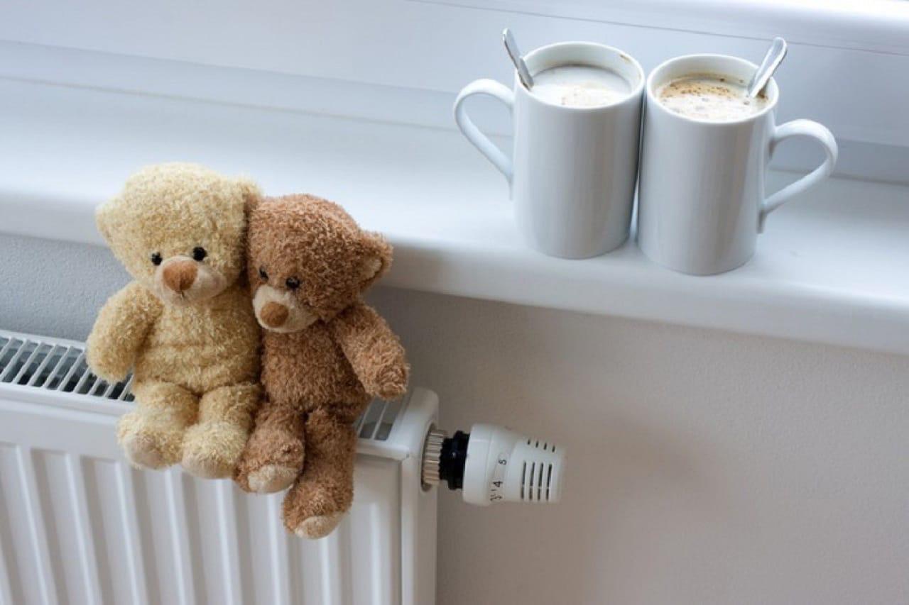 Процесс подачи тепла во все жилые дома займет традиционно три дня