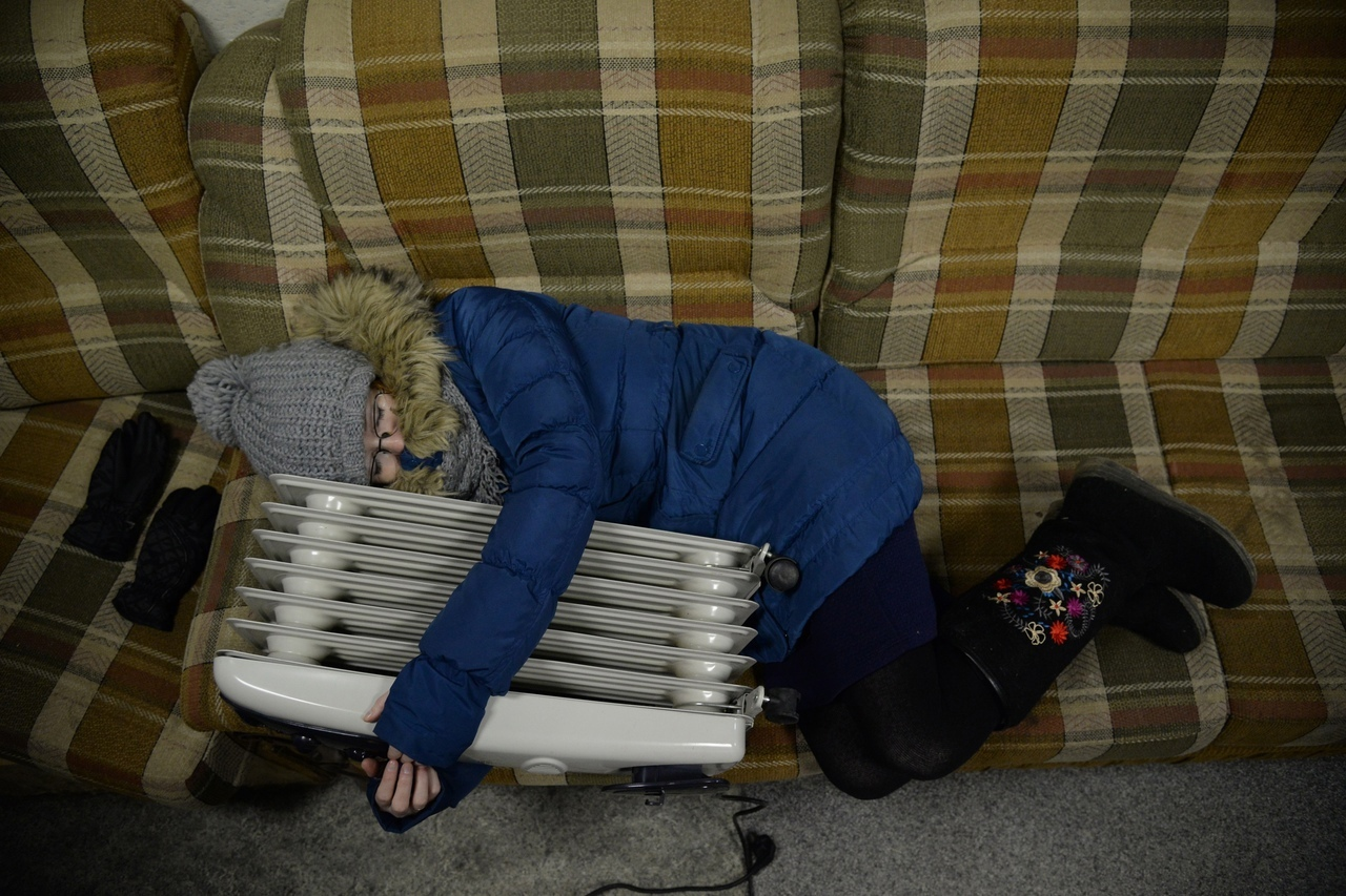 Во вторник многие жители Зашекснинского района тепла не дождались