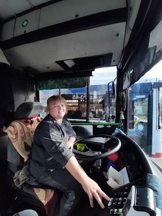 Наталию Королеву можно встретить за рулем автобусов № 7 и 27.